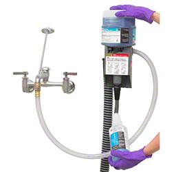 3M™ Twist 'n Fill™ System Dispenser w/Fitting